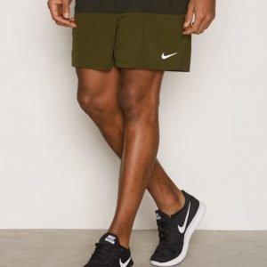 Nike 5 Distance Shorts Juoksushortsit Green